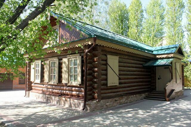 kutuzovskaya-izba