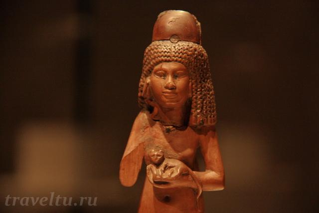 novyiy-muzey-statuetka