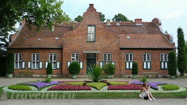Голландский домик в Новом парке