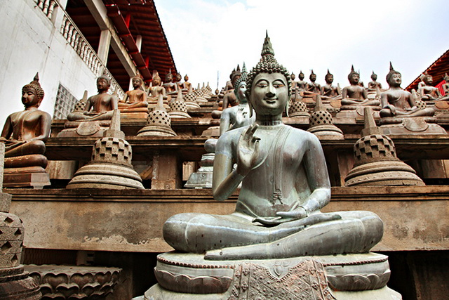 hram-gangaramaya