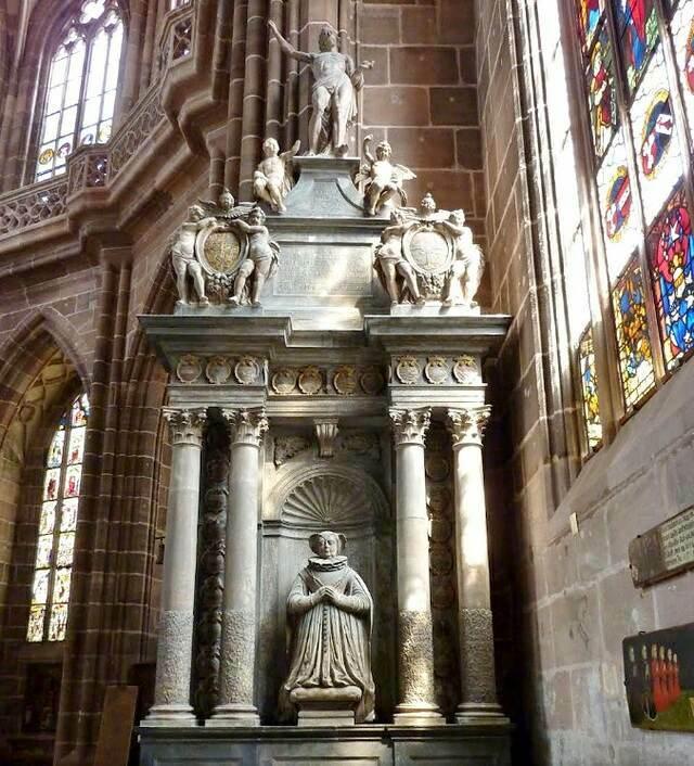 Кирха св. Лаврентия внутри