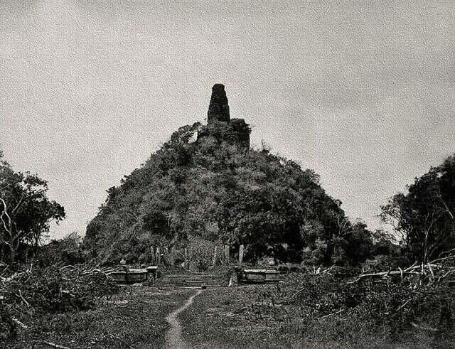 Абхаягири спупа. Фотография конца XIX века.