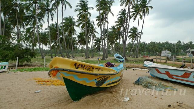 Лодки на пляже