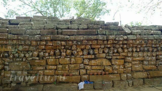 Древняя часть стены