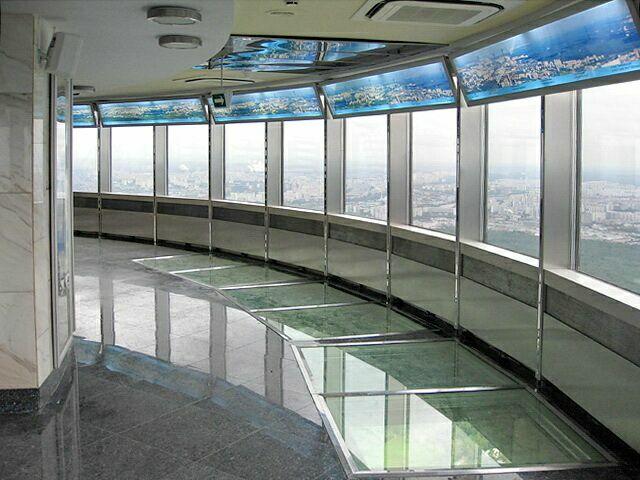 Смотровая площадка стеклянный пол