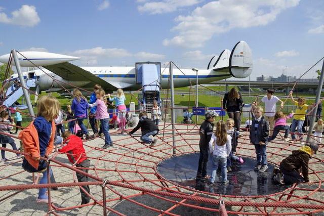 razvlecheniya-v-aeroportah-12
