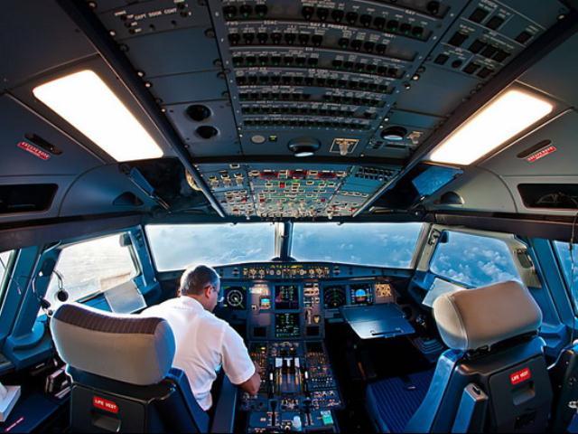 9 бесплатных услуг в самолете