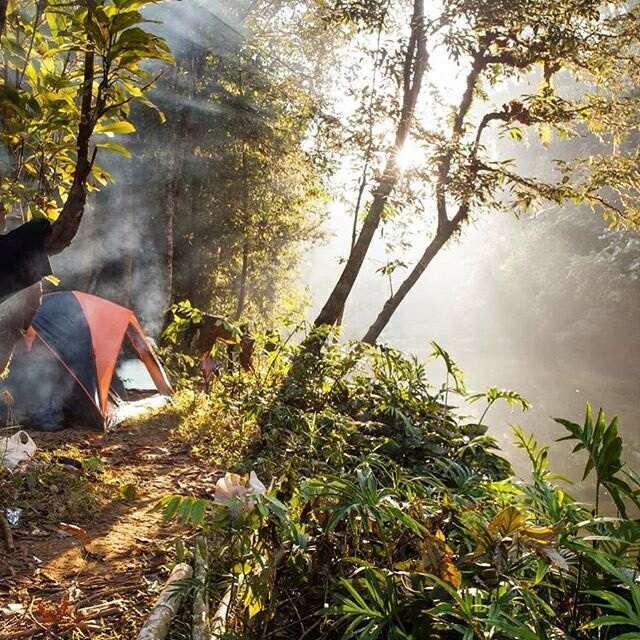Палатки в парке Као Сок