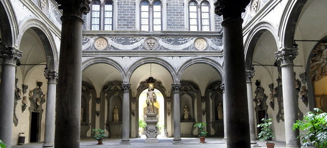 Палаццо Медичи-Риккарди во Флоренции